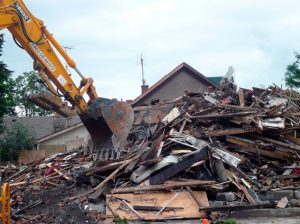 Construction and demolition waste under the microscope