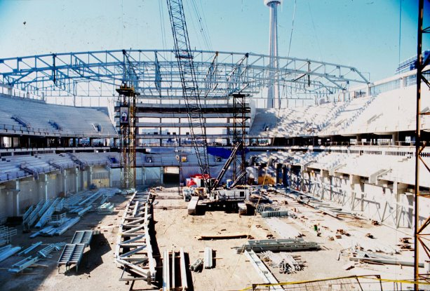 PCL Construction reflects on building the Air Canada Centre