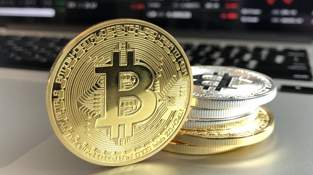 Global Market Scan: Bitcoins - tangible infrastructure for a virtual asset