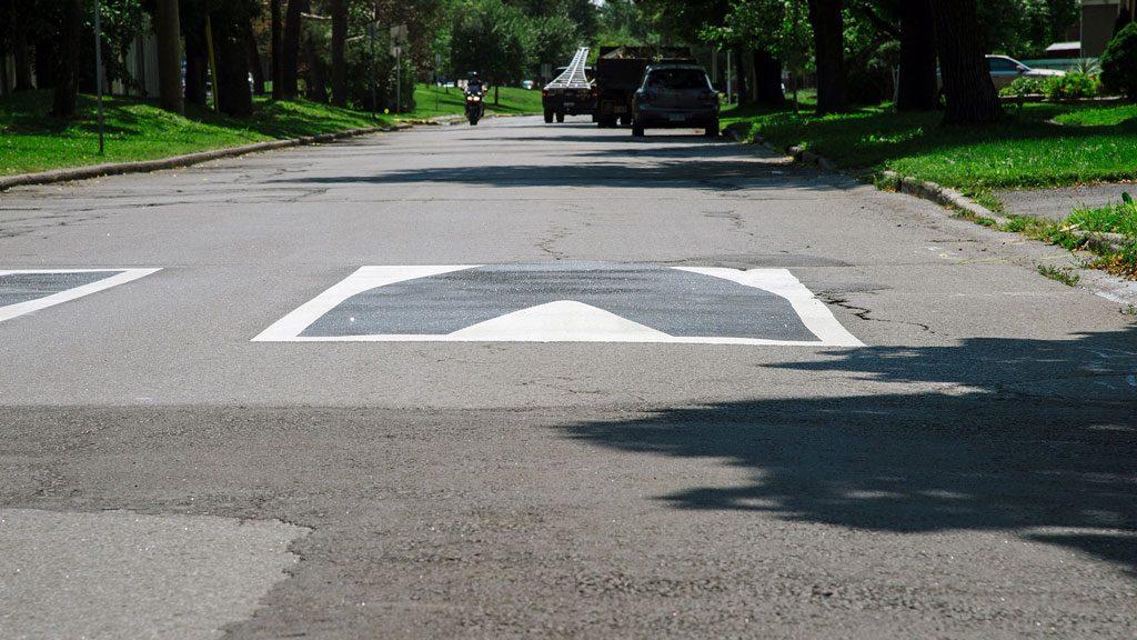 Ottawa pilots virtual speed humps for traffic calming