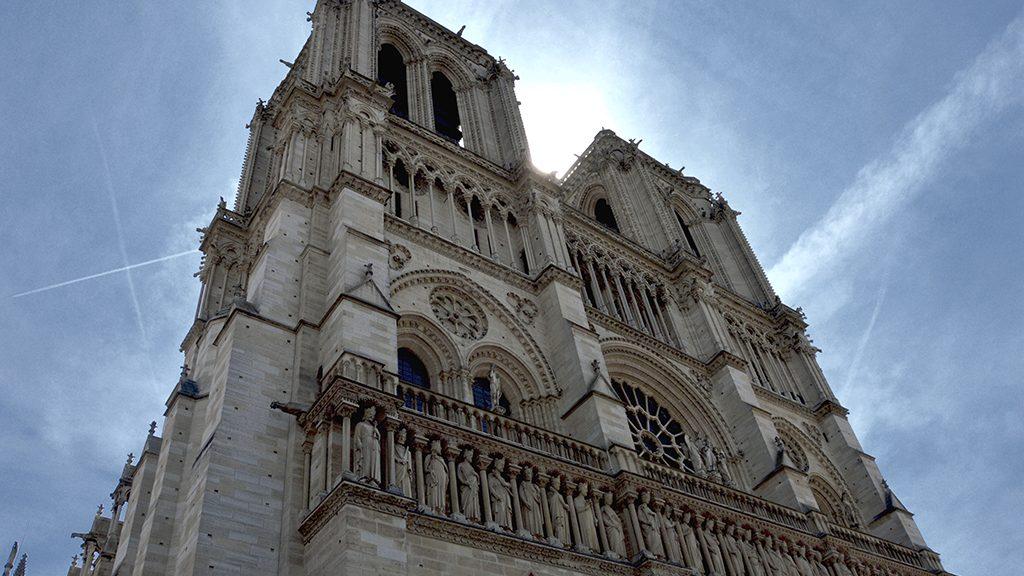 Architecture Spotlight: France's senate cancels international competition for Notre Dame