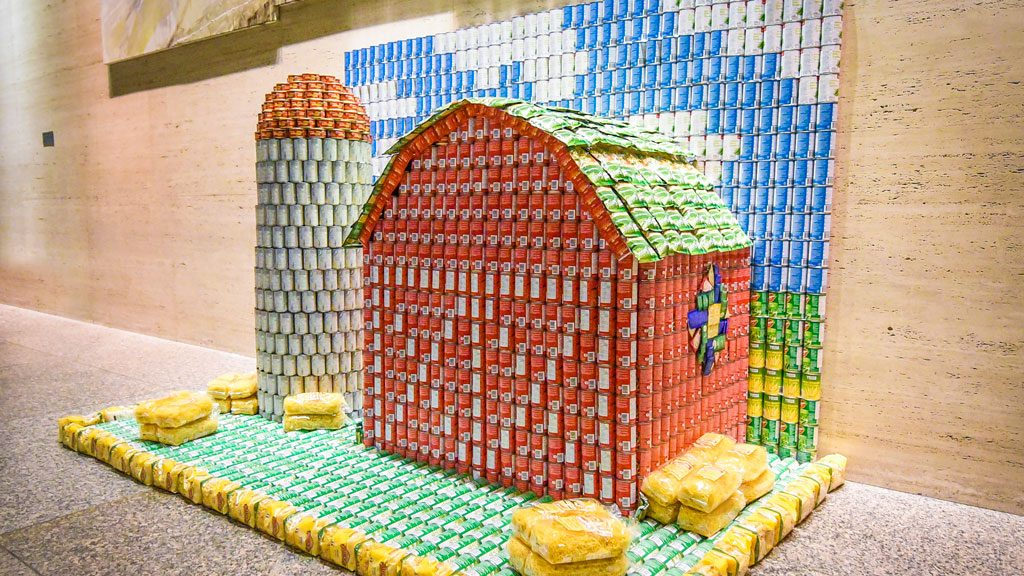 Call for entries for Canstruction Toronto 2020