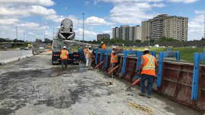 Nighttime construction critical to Hwy. 401 work in north Toronto