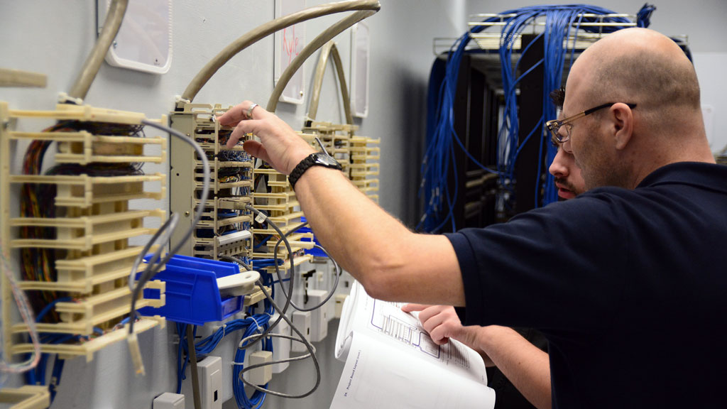 IBEW in Thunder Bay certified to train cabling trade