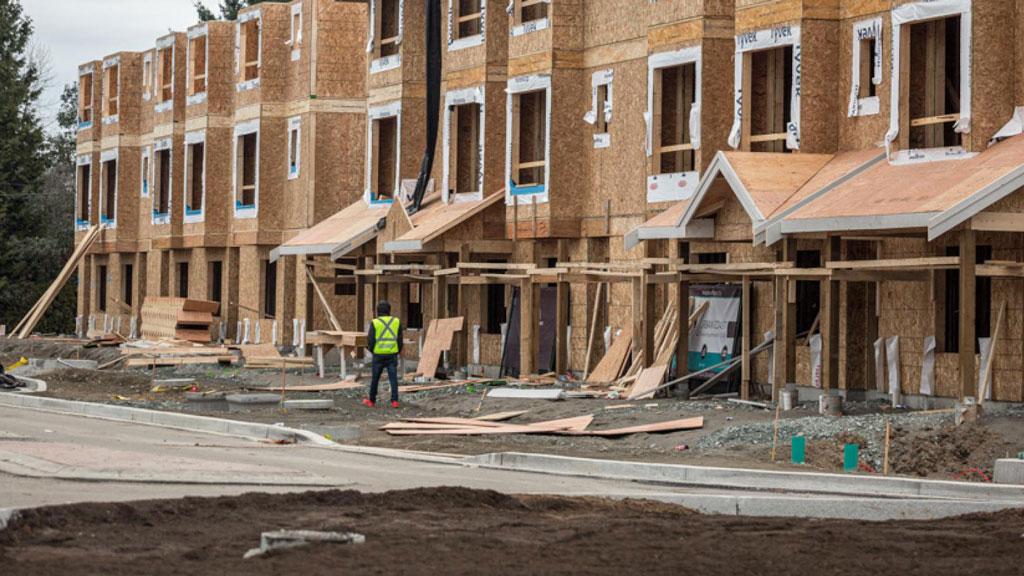 Surrey building permits top $800 million