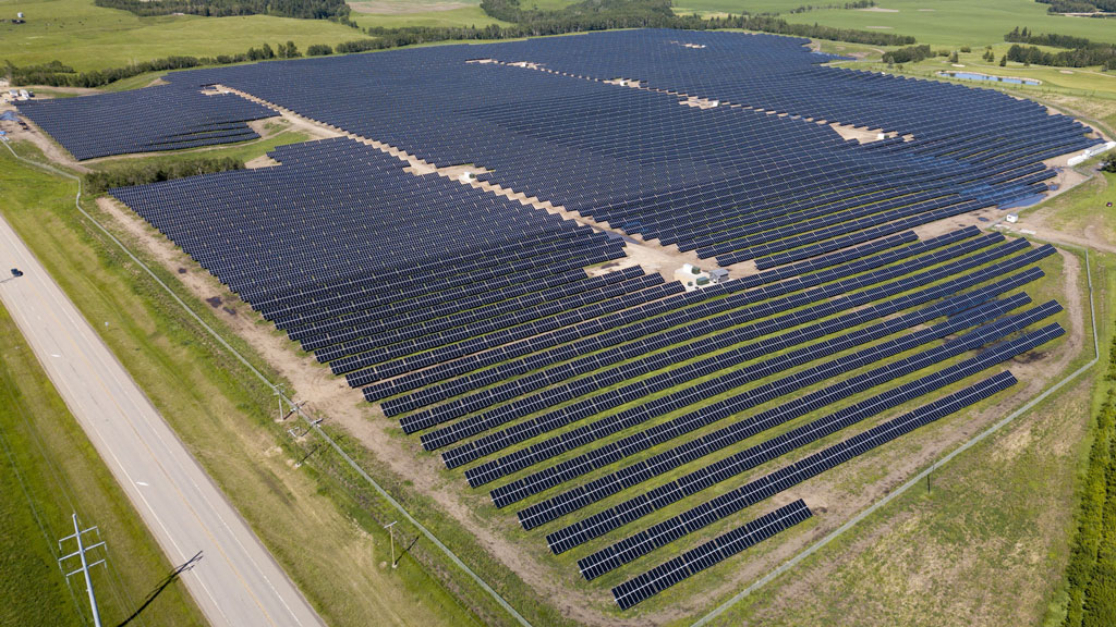 First merchant solar farm project in Alberta complete