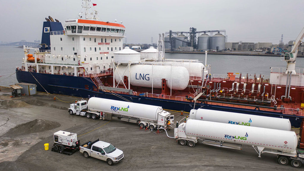 Hamilton Port achieves first LNG bunkering