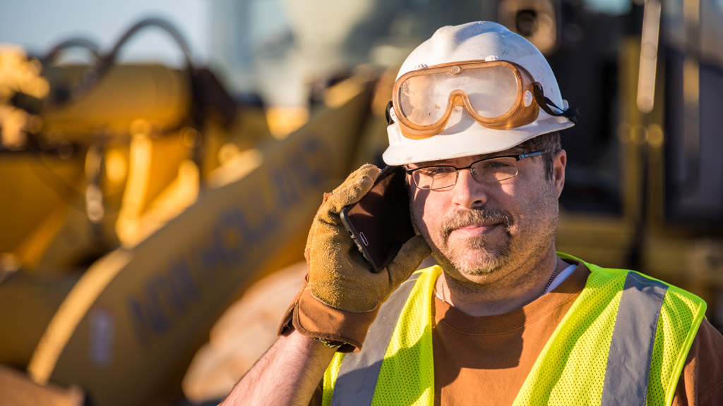 Constructors urged to call COVID-19 Business Information Line for questions on essential projects