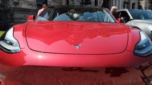 Ottawa gives B.C. jolt of EV charge funding