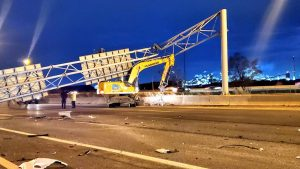 Incident involving excavator causes sign to fall, killing passing driver on QEW