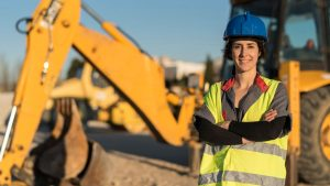 Number of women in construction continues to grow in B.C., survey finds
