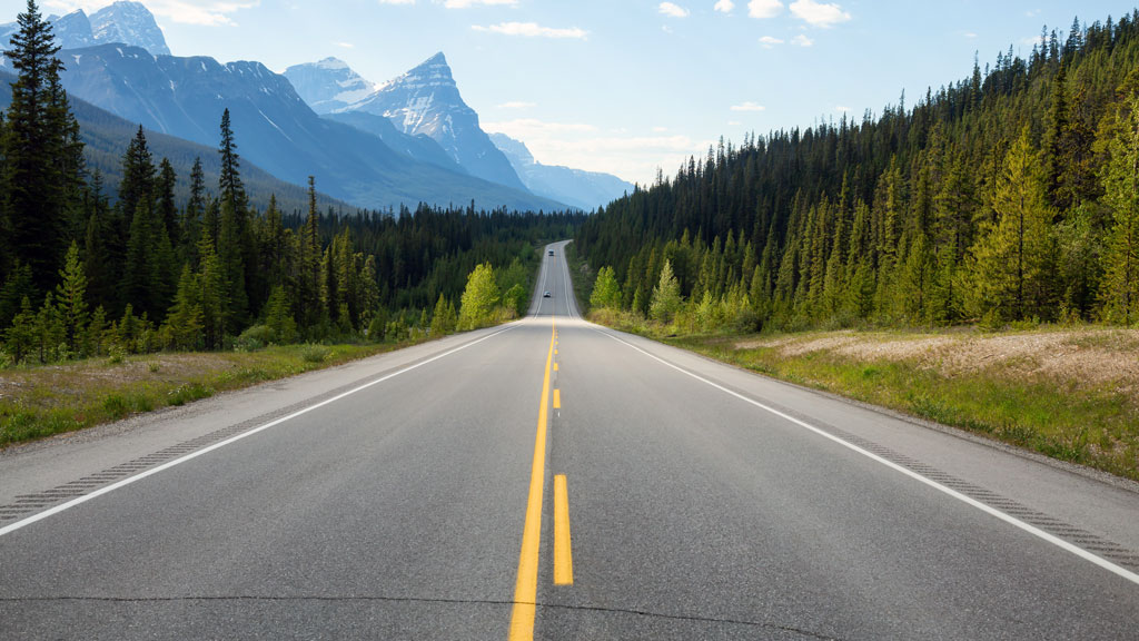 Is a northern Canada transportation corridor a realistic goal?