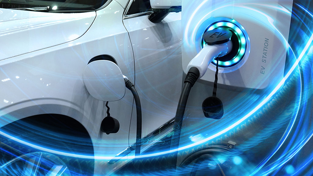 Electric vehicles: there are more on the road, but bumps ahead