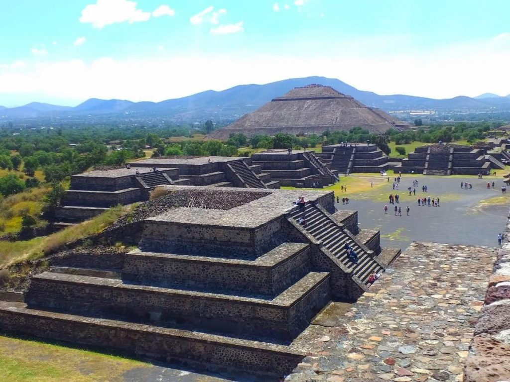 Mexico raids building project next to Teotihuacan pyramids