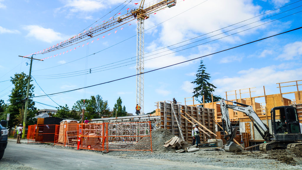 Victoria drafting bylaw to cut construction waste