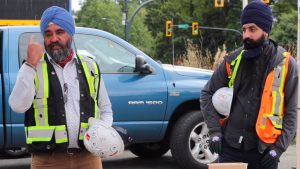 WorkSafeBC strikes balance between religious freedoms and safety with new hard hat rule