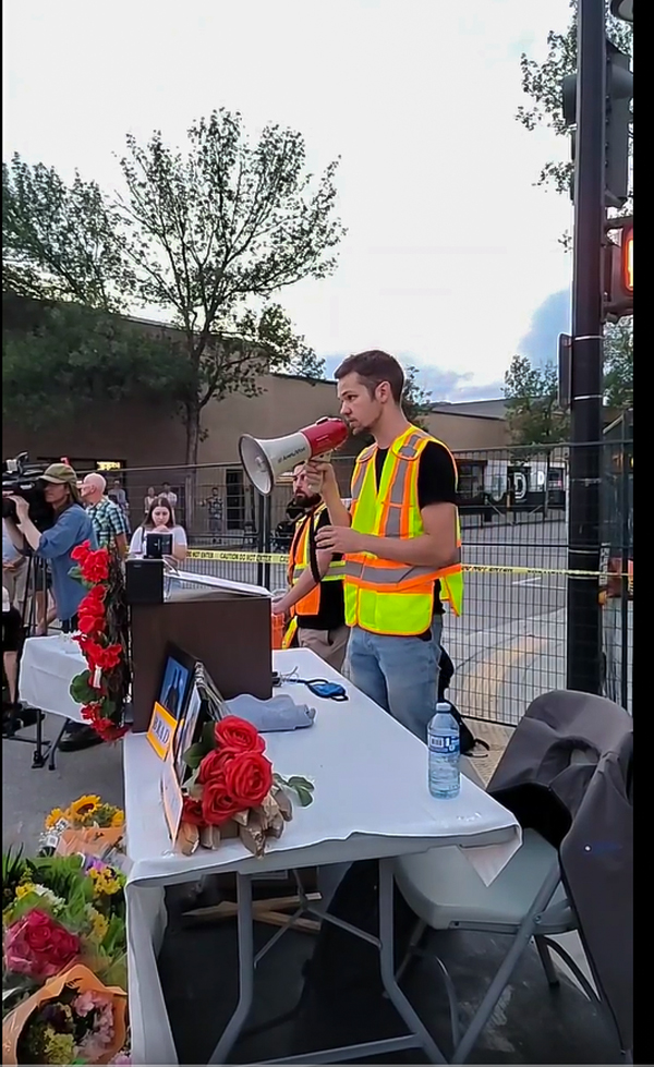 North Okanagan Labour Council spokesperson Kelly Hutchinson addressed the crowd at a candlelight vigil organized to remember the victims of a deadly crane collapse in Kelowna.