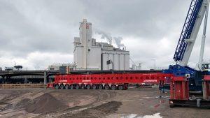 Mammoet team uses SPMT cantilever solution on rail bridge