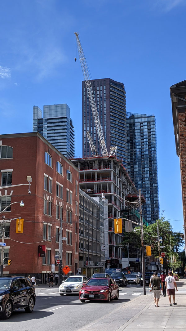 The Rider Levett Bucknall Crane Index released in September found 225 cranes erected in Toronto in the third quarter, up 8.2 per cent since April. Pictured: an EllisDon project on Adelaide Street West.